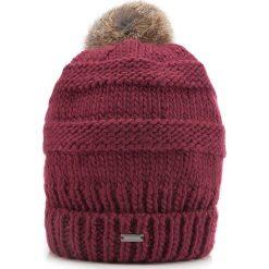 Czapka damska 87-HF-200-2. Czerwone czapki i kapelusze damskie Wittchen, z dzianiny. Za 119.00 zł.