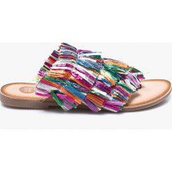 Gioseppo - Japonki. Szare klapki damskie Gioseppo, z gumy. W wyprzedaży za 139.90 zł.