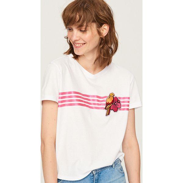 d29d3fbfadfb4f T-shirt z naszywką - Biały - T-shirty damskie marki Reserved, z ...