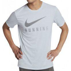 Nike Koszulka Do Biegania M Nk Dry Tee Dbl Swoosh L. Szare koszulki sportowe męskie Nike, z materiału. W wyprzedaży za 79.00 zł.