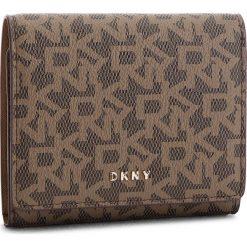 Mały Portfel Damski DKNY - Bryant-Trifold Wallet Logo R741J100  Mocha Logo/Vic 9MV. Brązowe portfele damskie DKNY, ze skóry ekologicznej. Za 339.00 zł.