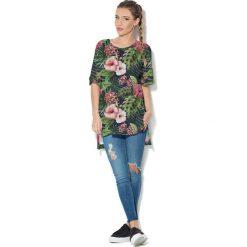 Colour Pleasure Koszulka CP-033  158 czarno-zielono-różowa r. uniwersalny. Bluzki damskie Colour Pleasure. Za 76.57 zł.