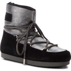 Śniegowce MOON BOOT - F.Side Low Sh Stard 24200400002 Silver/Black. Czarne kozaki damskie Moon Boot, ze skóry. Za 1,099.00 zł.