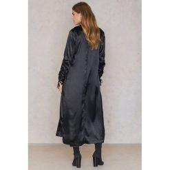 Boohoo Płaszcz z marszczeniami przy rękawach - Black. Czarne płaszcze damskie Boohoo, z poliesteru. W wyprzedaży za 42.59 zł.