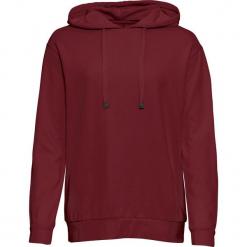 Bluza z kapturem, luźniejszy fason, długi rękaw bonprix czerwony rubinowy. Czerwone bluzy damskie bonprix. Za 54.99 zł.
