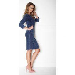 Klasyczna prosta sukienka jeans a167-2. Szare sukienki damskie La' Aurora, z jeansu, eleganckie, z klasycznym kołnierzykiem. W wyprzedaży za 159.00 zł.