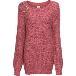 Sweter dzianinowy z odpinanymi broszkami bonprix malinowy. Czerwone swetry damskie bonprix, z dzianiny. Za 109.99 zł.