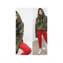 Spodnie czerwone. Czerwone spodnie materiałowe damskie 3 for u, z gumy. Za 149.00 zł.