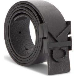 Pasek Damski CALVIN KLEIN JEANS - J 3Cm Mono Leather B K60K604771 001. Czarne paski damskie Calvin Klein Jeans, w paski, z jeansu. Za 249.00 zł.