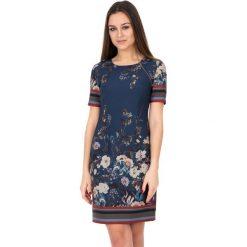 Sukienka we wzory z krótkim rękawem BIALCON. Brązowe sukienki damskie BIALCON, na lato, w kwiaty, z krótkim rękawem. W wyprzedaży za 234.00 zł.
