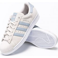 Adidas Originals - Buty Superstar. Szare buty sportowe męskie adidas Originals, z materiału. W wyprzedaży za 269.90 zł.