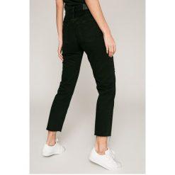 Calvin Klein Jeans - Jeansy. Szare jeansy damskie Calvin Klein Jeans. W wyprzedaży za 399.90 zł.