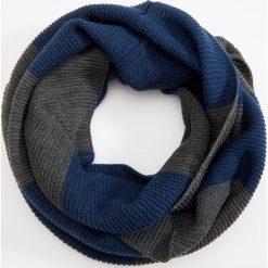 Komin - Niebieski. Szare szaliki męskie marki Giacomo Conti, na zimę, z tkaniny. W wyprzedaży za 39.99 zł.