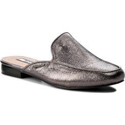 Klapki PEPE JEANS - Klimpt Tse PLS10365 Chrome 952. Szare klapki damskie Pepe Jeans, z jeansu. W wyprzedaży za 149.00 zł.