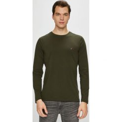 Tommy Hilfiger - Longsleeve. Brązowe bluzki z długim rękawem męskie Tommy Hilfiger, z bawełny, z okrągłym kołnierzem. Za 159.90 zł.