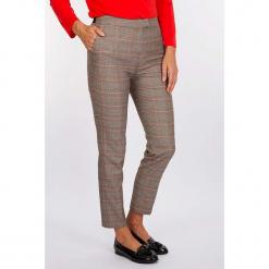 """Spodnie """"Dandys"""" w kolorze szaro-pomarańczowym. Szare spodnie materiałowe damskie Scottage, w kratkę. W wyprzedaży za 99.95 zł."""