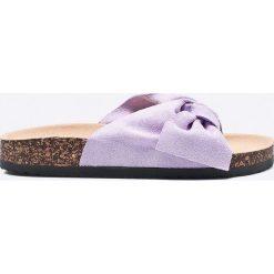Answear - Klapki Ideal Shoes. Szare klapki damskie ANSWEAR, z materiału. W wyprzedaży za 69.90 zł.