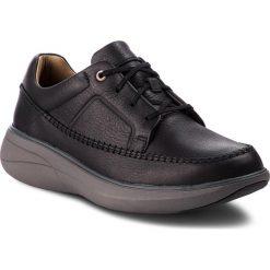 Półbuty CLARKS - Un Rise Lace 261369817  Black Leather. Czarne półbuty na co dzień męskie Clarks, z materiału. W wyprzedaży za 349.00 zł.