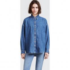 """Dżinsowa bluzka """"Painter"""" w kolorze niebieskim. Niebieskie bluzki damskie Levi's, z bawełny, z klasycznym kołnierzykiem. W wyprzedaży za 173.95 zł."""