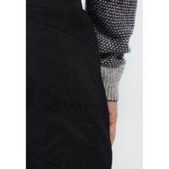 Oakley SUNKING PANT Spodnie narciarskie blackout. Spodnie snowboardowe męskie marki WED'ZE. W wyprzedaży za 395.85 zł.