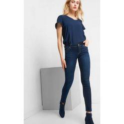 Elastyczne jeansy skinny. Niebieskie jeansy damskie Orsay. Za 139.99 zł.
