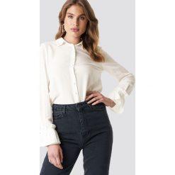Trendyol Koszula z detalami na rękawach - White,Offwhite. Białe koszule damskie Trendyol, z materiału, z falbankami. Za 121.95 zł.