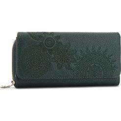 Duży Portfel Damski DESIGUAL - 18WAYP41 4000. Zielone portfele damskie Desigual, ze skóry ekologicznej. W wyprzedaży za 179.00 zł.