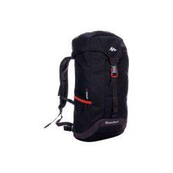 Plecak turystyczny NH100 30 l. Czerwone plecaki damskie QUECHUA. W wyprzedaży za 34.99 zł.