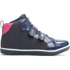 Granatowe Buty Sportowe In Front To Me. Niebieskie buty sportowe dziewczęce Born2be, z materiału. Za 59.99 zł.