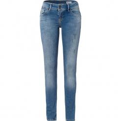 """Dżinsy """"Melinda"""" - Skinny fit - w kolorze błękitnym. Niebieskie jeansy damskie Cross Jeans. W wyprzedaży za 136.95 zł."""