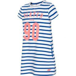 Sukienka dla dużych dziewcząt JSUDD206 - kobalt. Niebieskie sukienki dla dziewczynek 4F JUNIOR, z nadrukiem, z bawełny. W wyprzedaży za 49.99 zł.