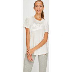 Nike Sportswear - Top. Szare topy damskie Nike Sportswear, z nadrukiem, z dzianiny, z okrągłym kołnierzem, z krótkim rękawem. Za 139.90 zł.