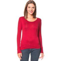 Koszulka w kolorze czerwonym. Czerwone bluzki damskie Assuili, z okrągłym kołnierzem. W wyprzedaży za 45.95 zł.
