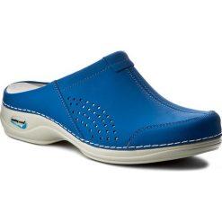 Klapki NURSING CARE - Venezia WG3A07 Electric Blue. Niebieskie klapki damskie Nursing Care, z materiału. Za 279.00 zł.
