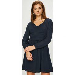 Pepe Jeans - Sukienka Ashley. Czarne sukienki damskie Pepe Jeans, z bawełny, casualowe. Za 299.90 zł.
