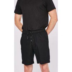 Calvin Klein Jeans - Szorty. Czarne szorty męskie Calvin Klein Jeans, z bawełny, casualowe. W wyprzedaży za 199.90 zł.