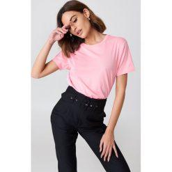 NA-KD Basic T-shirt oversize - Pink. Różowe t-shirty damskie NA-KD Basic, z bawełny. W wyprzedaży za 26.48 zł.