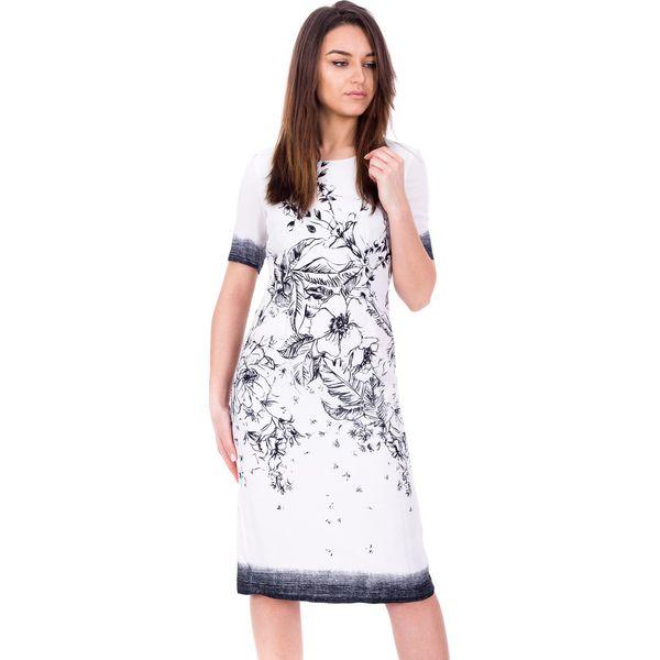 60c0850681 Długa elegancka sukienka we wzory BIALCON - Sukienki damskie marki ...
