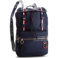 Plecak TOMMY HILFIGER - Explorer Backpack AW0AW05663 413. Niebieskie plecaki damskie Tommy Hilfiger, z materiału, eleganckie. Za 549.00 zł.