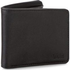 Duży Portfel Męski VANS - Drop V Bifold W VN0A31J8BLK Black. Czarne portfele męskie Vans, ze skóry ekologicznej. Za 109.00 zł.