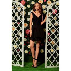 Sukienka z falbanami i koronka l260. Czarne sukienki dla dziewczynek Lemoniade, w koronkowe wzory, z koronki, eleganckie. W wyprzedaży za 179.00 zł.