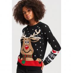 Sweter ze świątecznym motywem - Czarny. Czarne swetry damskie Reserved. Za 79.99 zł.
