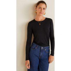 Mango - Bluzka Intim. Czarne bluzki damskie Mango, z dzianiny, casualowe, z okrągłym kołnierzem. Za 59.90 zł.