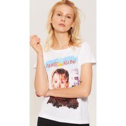 T-shirt Home Alone - Biały. Białe t-shirty damskie House. Za 49.99 zł.
