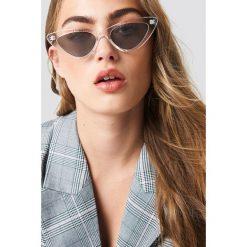 NA-KD Accessories Transparentne okulary przeciwsłoneczne kocie oczy - Black. Czarne okulary przeciwsłoneczne damskie NA-KD Accessories. Za 40.95 zł.