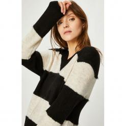 Jacqueline de Yong - Sweter Rascal. Szare swetry damskie Jacqueline de Yong, z dzianiny. W wyprzedaży za 69.90 zł.
