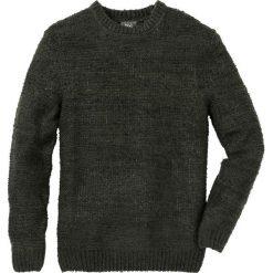 Sweter melanżowy Regular Fit bonprix ciemnozielono-ciemnoszary melanż. Swetry przez głowę męskie marki Giacomo Conti. Za 79.99 zł.