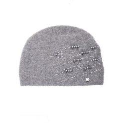 Szara czapka z perełkami QUIOSQUE. Szare czapki i kapelusze damskie QUIOSQUE, z poliamidu. Za 119.99 zł.