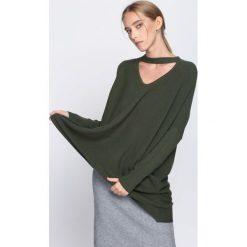 Ciemnozielony Sweter Can Remember. Zielone swetry damskie Born2be, na jesień. Za 79.99 zł.