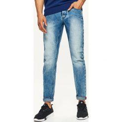 Jeansy STRAIGHT - Niebieski. Niebieskie jeansy męskie Cropp. Za 89.99 zł.